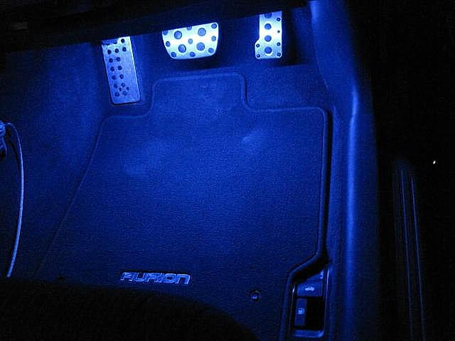 FOOTWELL LIGHTS 4