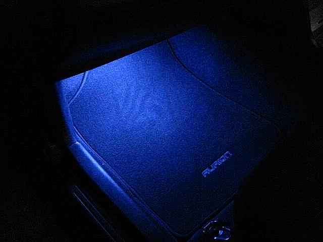 PASSENGER FOOTWELL LIGHTS 3